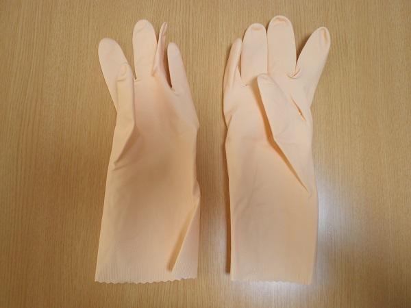 普通のゴム手袋