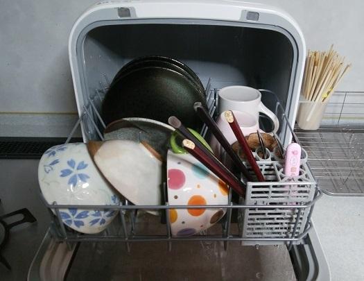 食洗機に食器を入れた状態